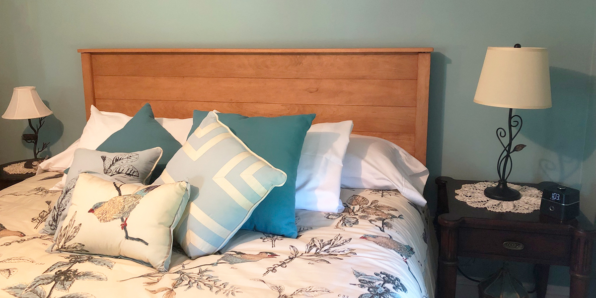 Savvy Rest organic mattresses and natural platform beds are in the Nellysford Country Inn.