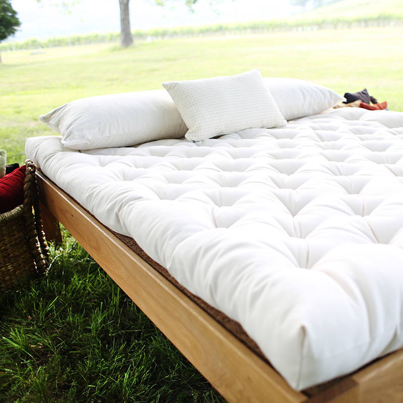 GOTS-certified organic wool mattress