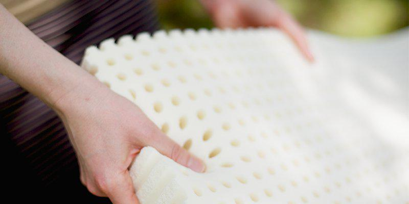 natural latex is the best choice for a non-toxic mattress