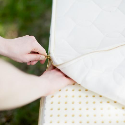Organic mattress with natural latex from Savvy Rest