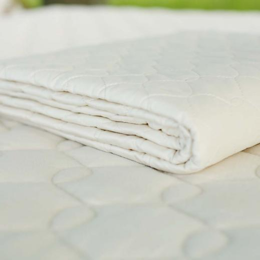 Savvy Rest's organic cotton mattress pad