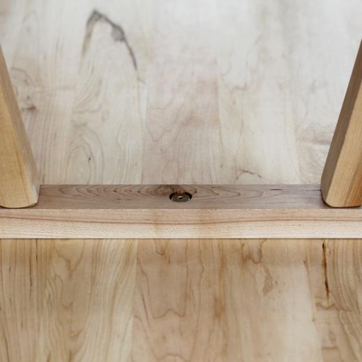 easy-to-assemble bench