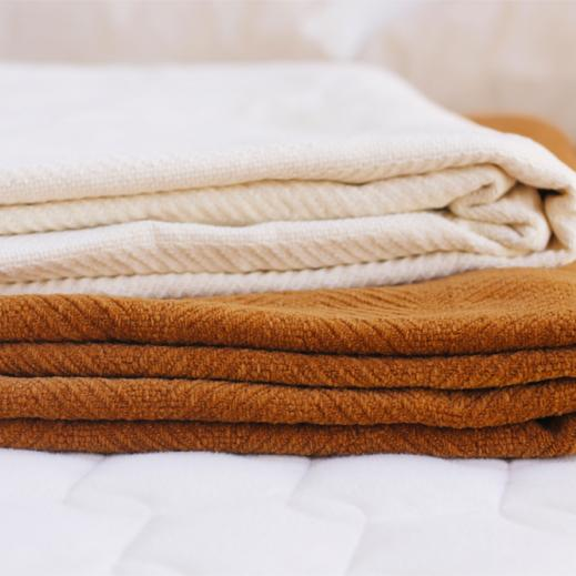 organic color-grown cotton blankets
