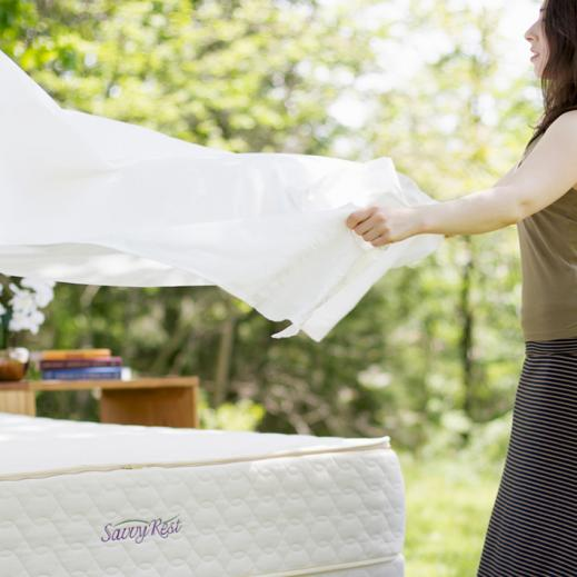 Organic cotton sheets on organic mattress