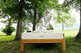 Kids jumping on mattress